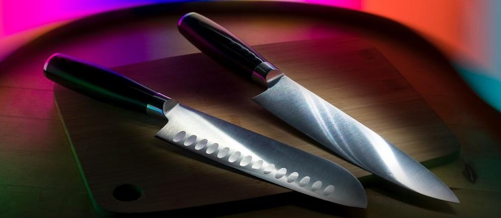 11-shiny-survival-knife