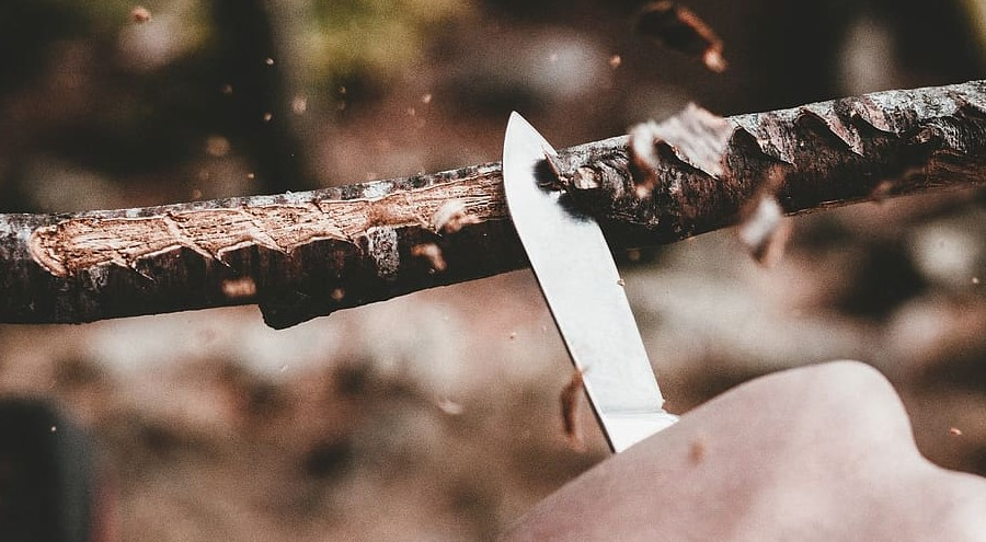 how to care and maintain your survival knife