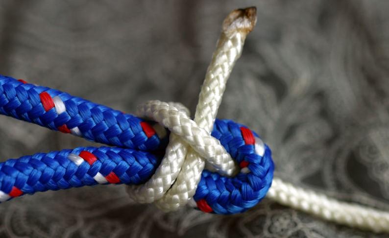 tie a sheet bend knot